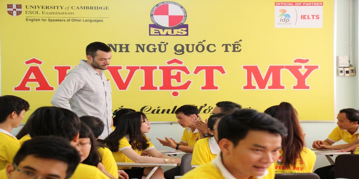 Trung tâm anh ngữ u - Việt - Mỹ.