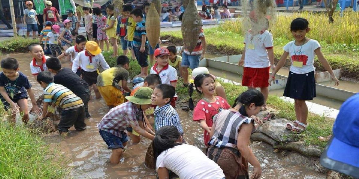 Hoạt động ngoại khóa tại trung tâm anh ngữ Việt Mỹ.