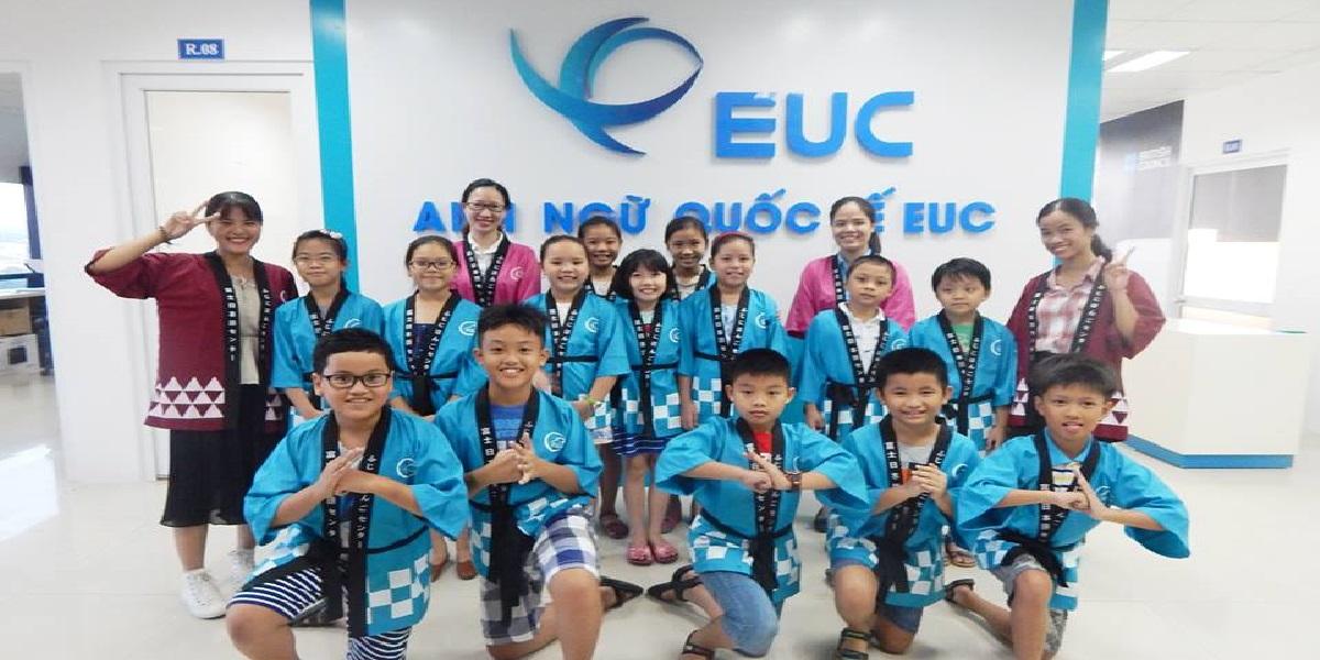 Học viên tại trung tâm anh ngữ quốc tế EUC tại Huế.
