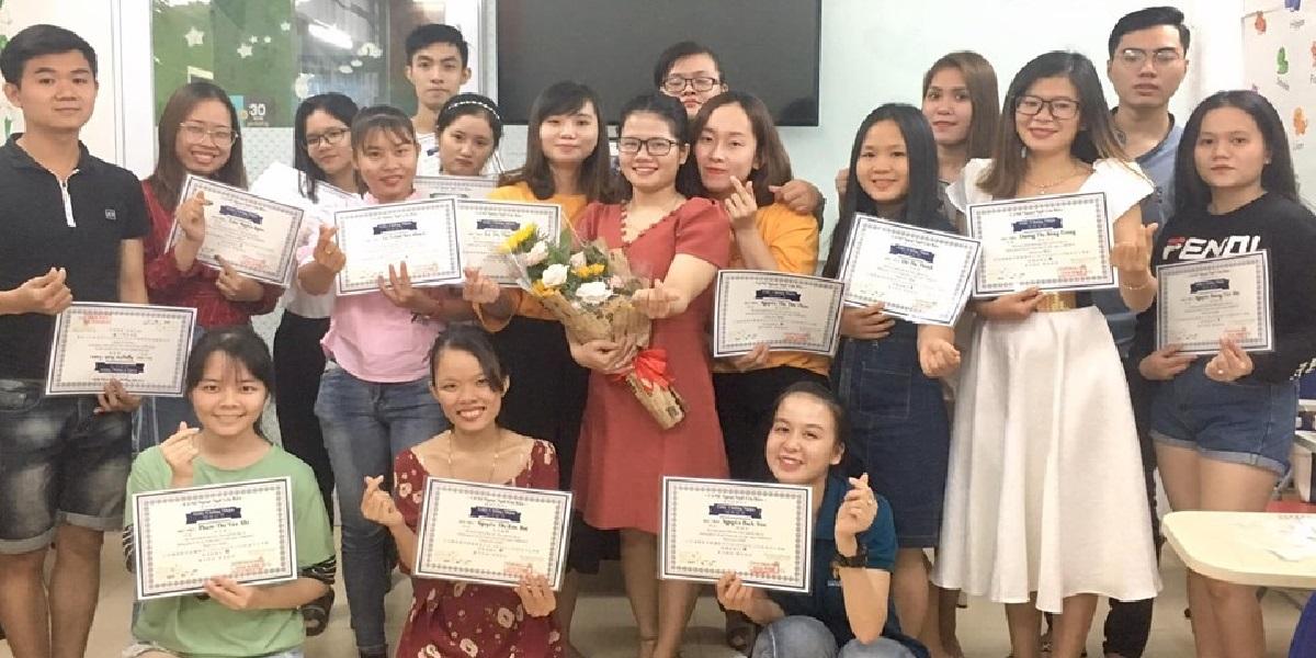 Học viên tại trung tâm ngoại ngữ Gia Bảo.