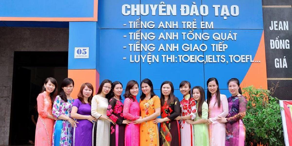 Giáo viên tại trung tâm du học Quốc tế Hà Nội ETSC.