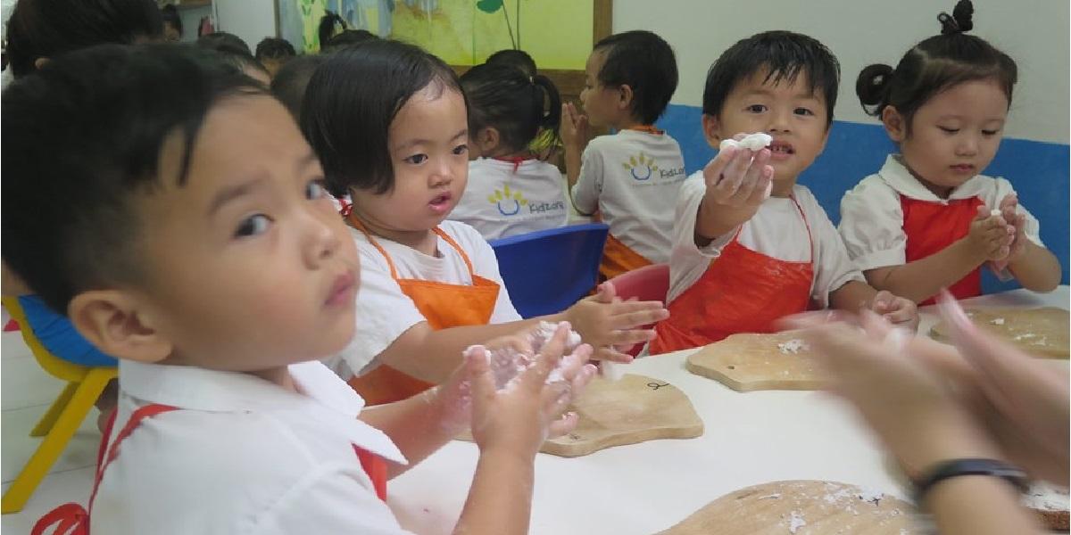 Học sinh trường mầm non quốc tế Kidzone.