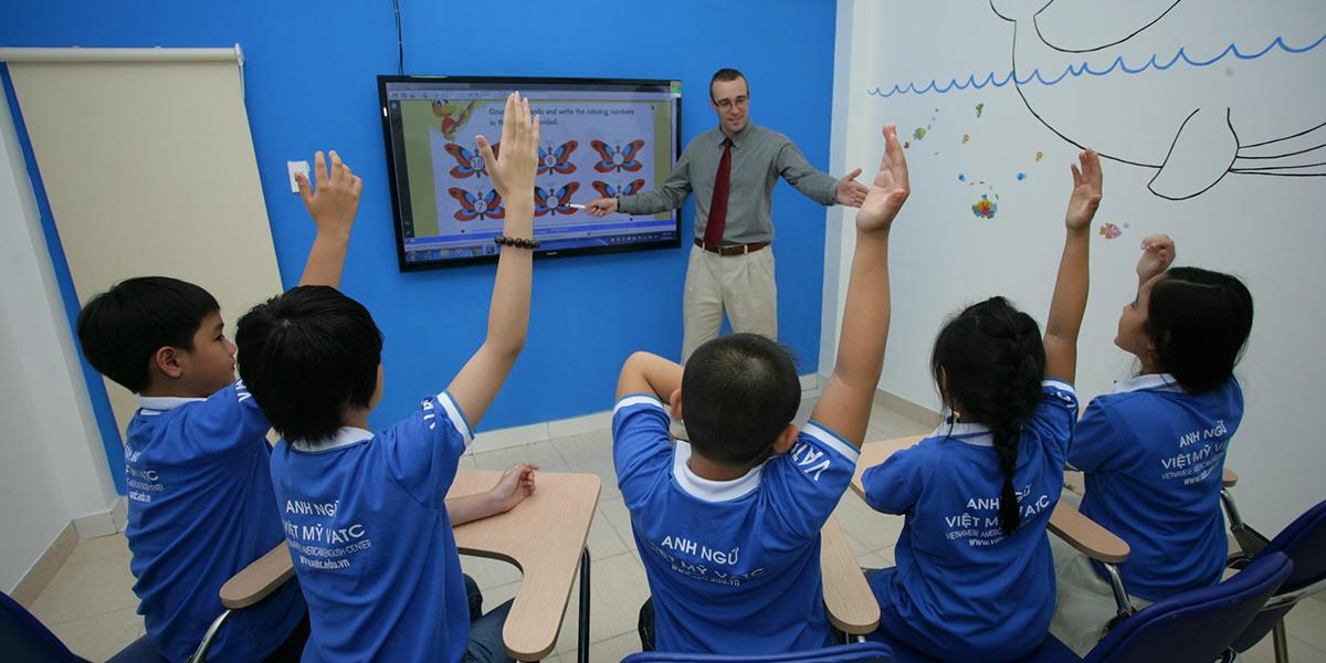 VAIC – trung tâm có khóa Anh văn giao tiếp đạt chuẩn giảng dạy chất lượng cao