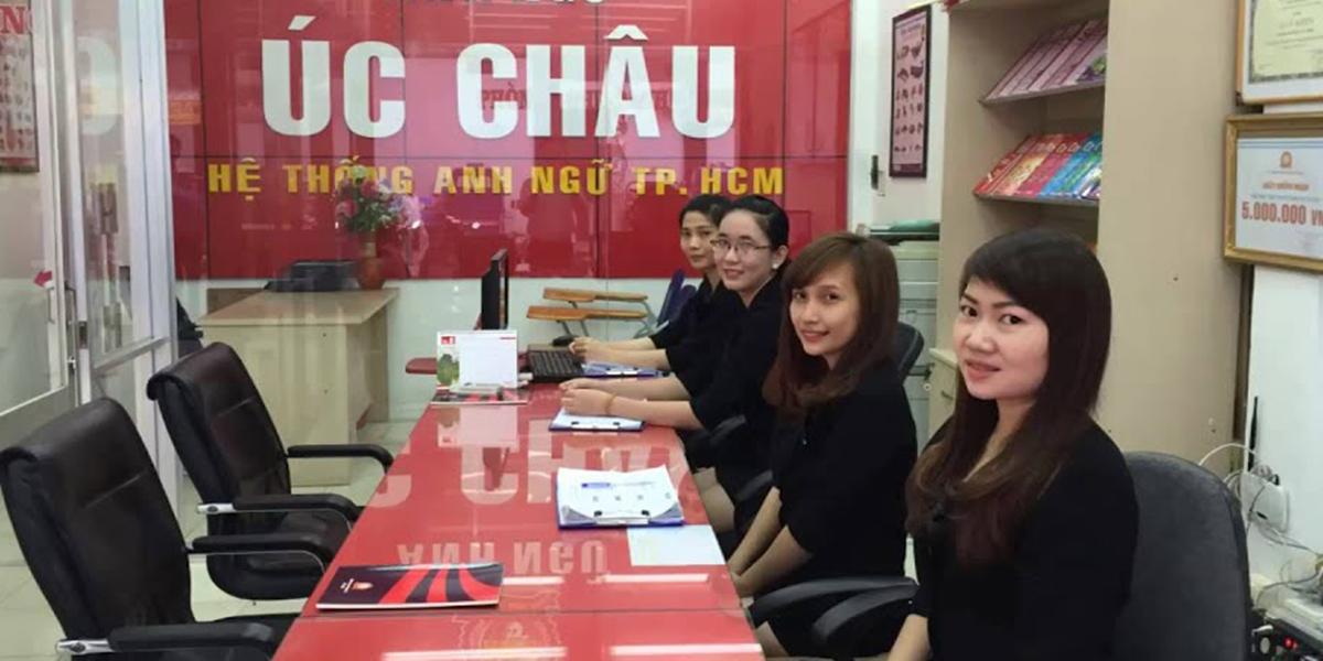 Khóa học giao tiếp giúp cải thiện kỹ năng phát âm tại trung tâm Úc Châu Nha Trang