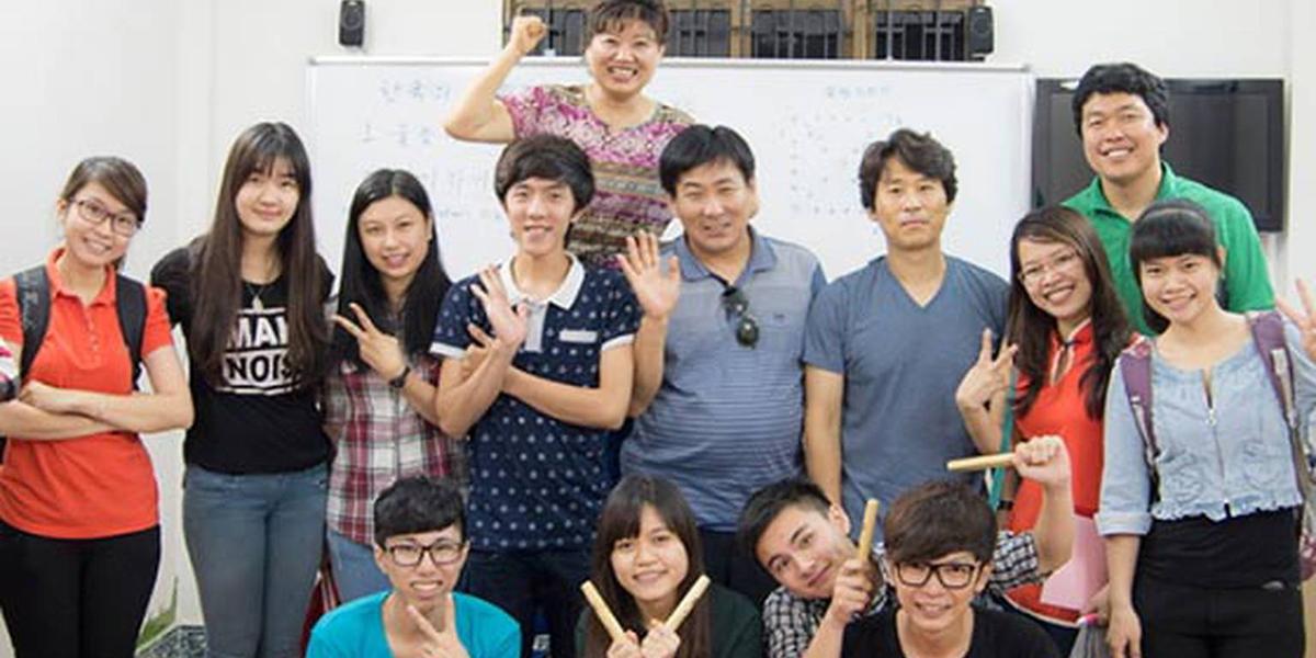 Trung tâm tiếng Hàn ECC Hà Nội - chất lượng giảng dạy và môi trường học tuyệt vời