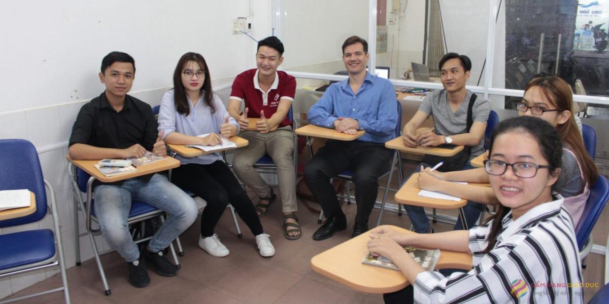 American Power English và khóa học tiếng Anh tạo động lực học cho người mất gốc tại Nha Trang