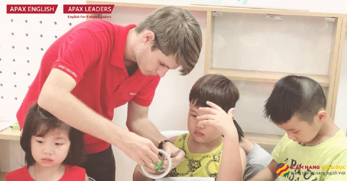 Trung tâm tiếng Anh Bắc Ninh Apax - 100% giáo viên nước ngoài có bằng đại học.