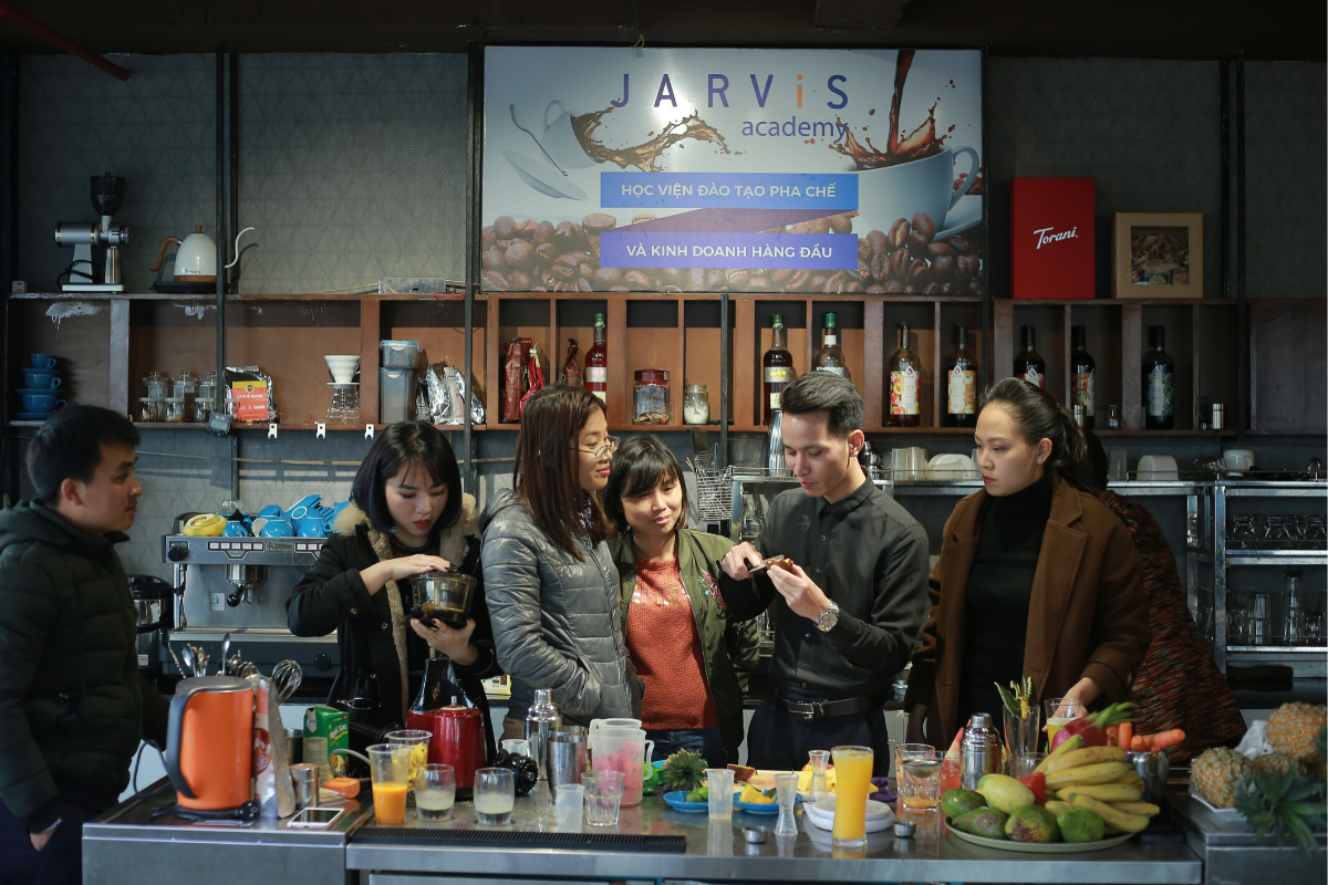 Trung tâm dạy nghề pha chế coffee Jarvis - học pha chế từ cơ bản đến nâng cao thực hành không giới hạn