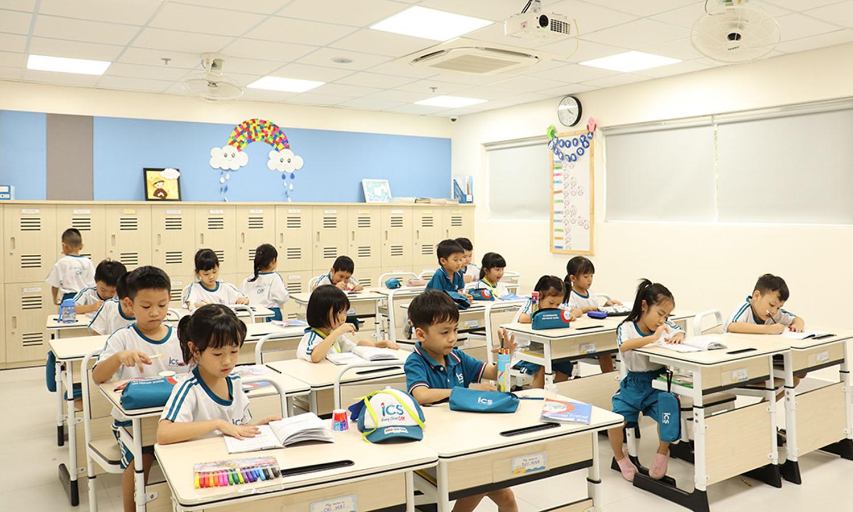 Cơ sở vật chất khang trang, lớp học được thiết kế theo phong cách Bắc Âu
